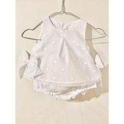 Vestido corto Batista blanca bordado topo blanco