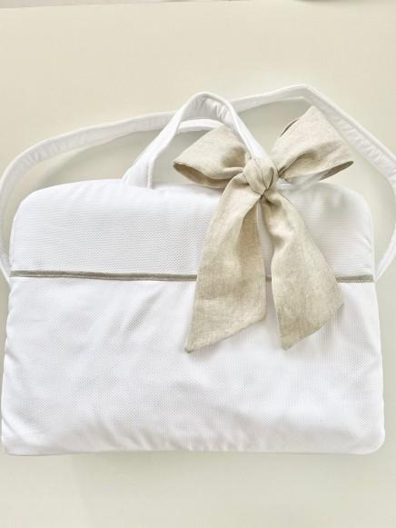 Bolsa maternidad en piqué nido blanco